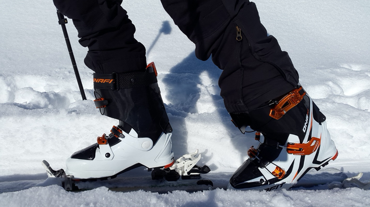 Blog Post Socks for the Slopes: A Beginner's Guide to Ski Socks